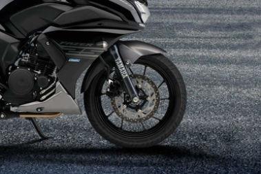 Yamaha Fazer 25 (Fazer 250) Front Tyre View