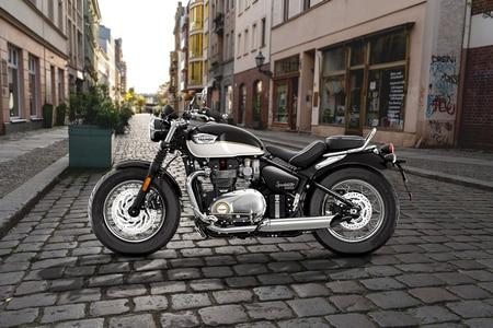 Triumph Bonneville Speedmaster Left Side View