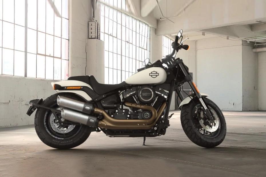 Harley Davidson Fat Bob Right Side View