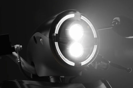 22Kymco iFlow Head Light