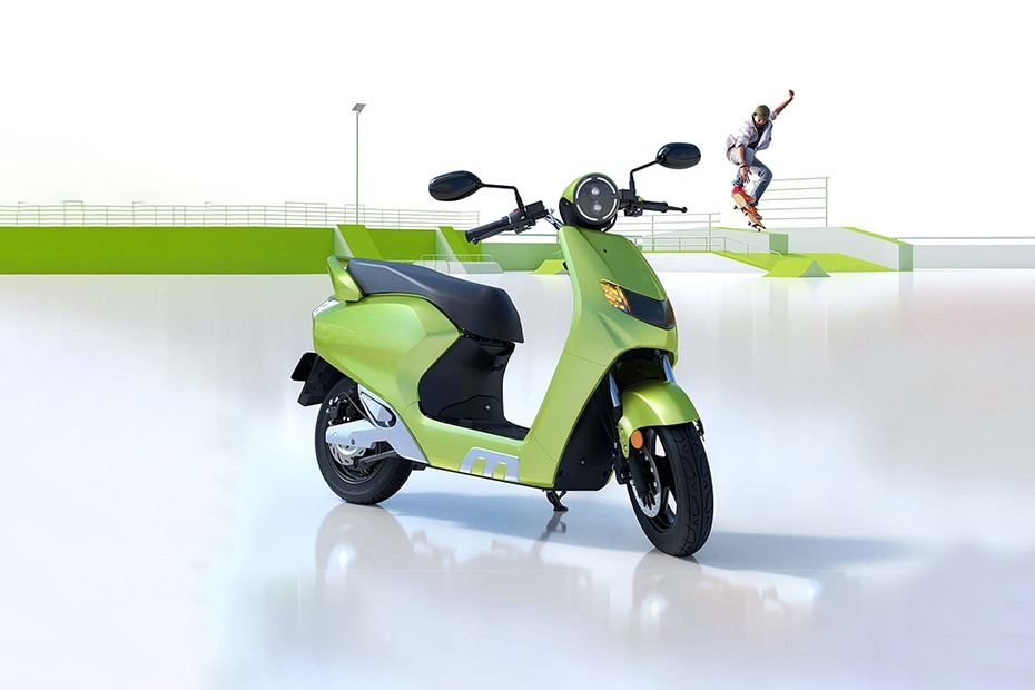 22Kymco iFlow Front Right View
