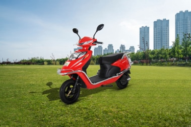 Amo Mobility Inspirer Front Left View