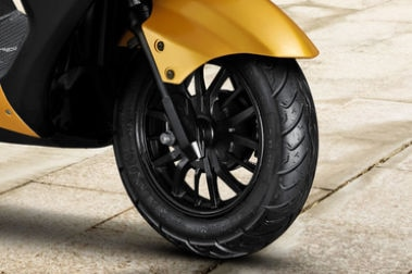 Ampere Reo Front Tyre View