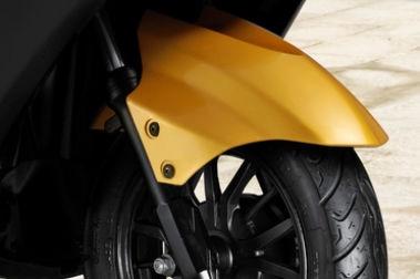 Ampere Reo Front Mudguard & Suspension