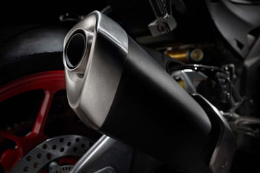Aprilia RSV4 Exhaust View