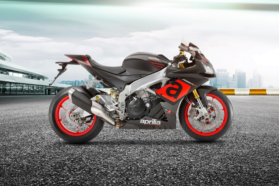 Aprilia RSV4 Right Side View