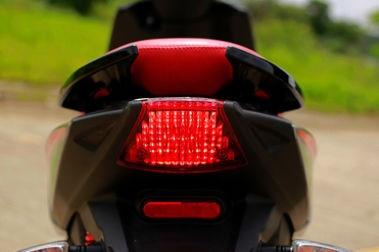 Aprilia SR 150 Race Head Light