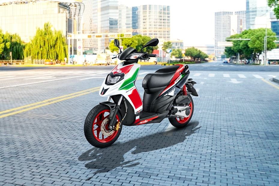 Aprilia SR 160 BS6 Race