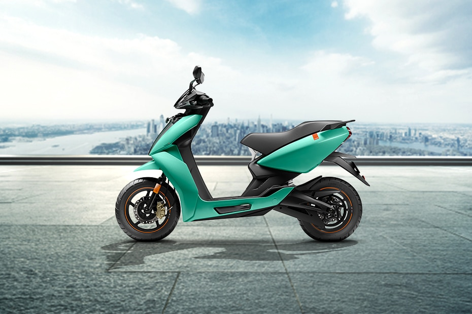Ather 450X Right Side View