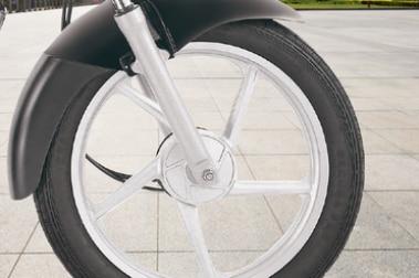Bajaj CT 100 Front Tyre View