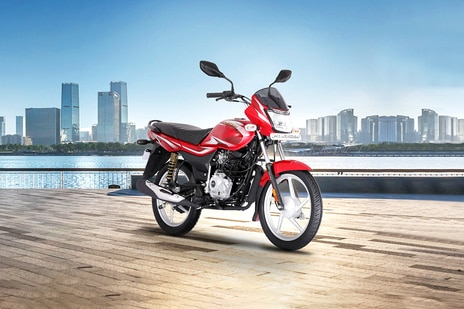 Hero Hf Deluxe Vs Bajaj Platina 100 Know Which Is Better