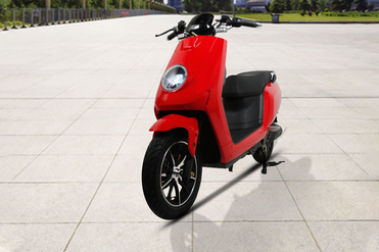 BattRE Electric Scooter Front Left View