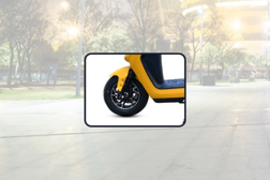 BattRE Electric IOT Front Tyre View