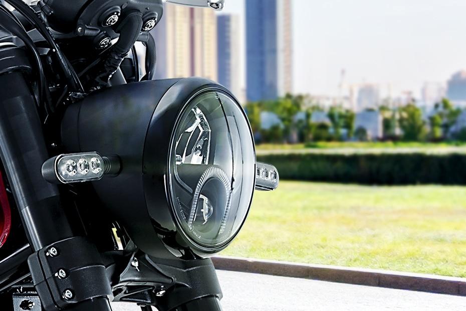 Benelli Leoncino 500 Head Light