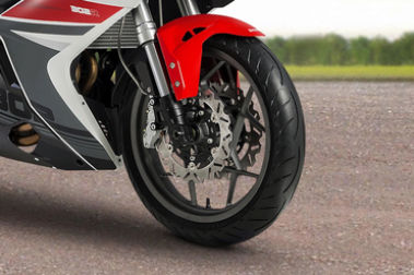 Benelli 302R Front Tyre View