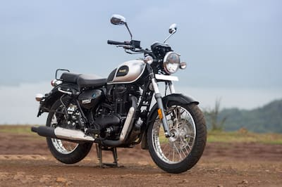 Benelli Imperiale 400 Front Right View