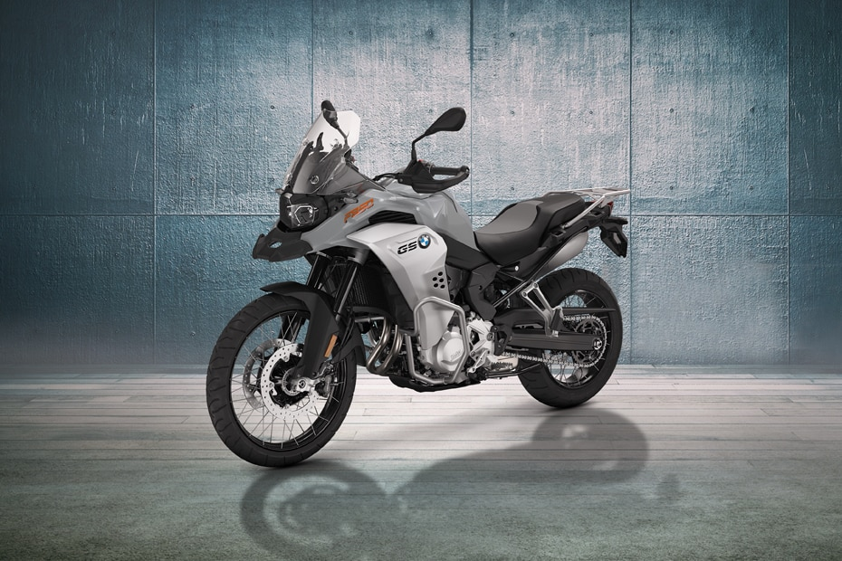 BMW F 850 GS Adventure Front Left View