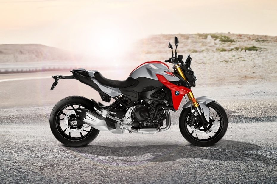 BMW F 900 R Right Side View