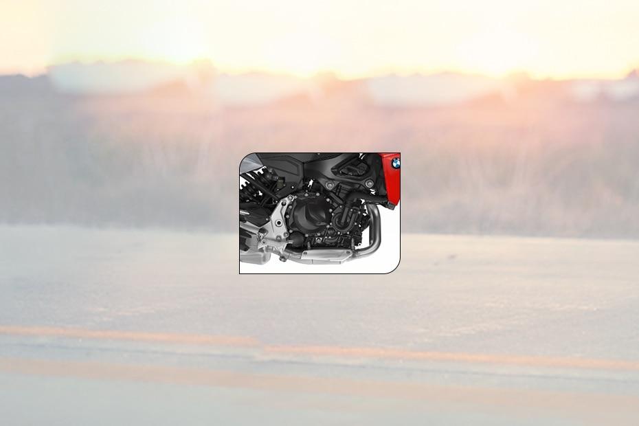 बीएमडब्ल्यू F 900 R इंजन