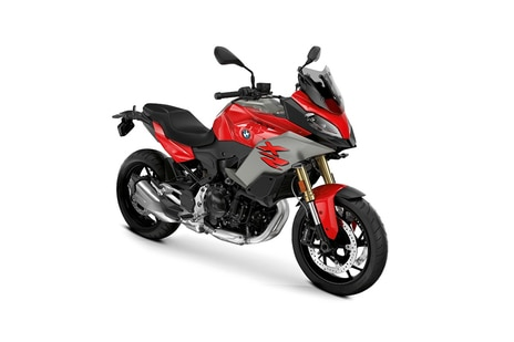 BMW F 900 XR Red
