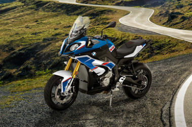 BMW S 1000 XR (2017-2020) Front Left View