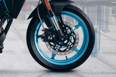 CFMoto 300NK Front Tyre View