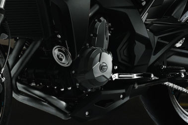 CFMoto 400NK Engine