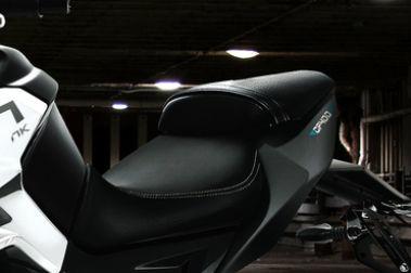 CFMoto 400NK Seat