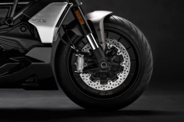 Ducati Diavel 1260 Front Tyre View