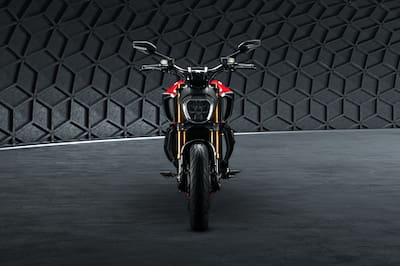 Ducati Diavel 1260 Front View