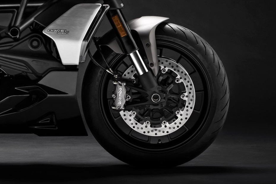 Ducati Diavel 1260 Price, Mileage, Images, Colours, Reviews