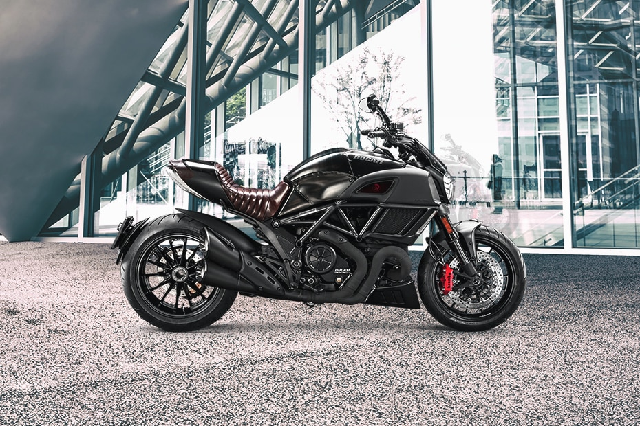 Ducati Diavel Diesel Right Side View
