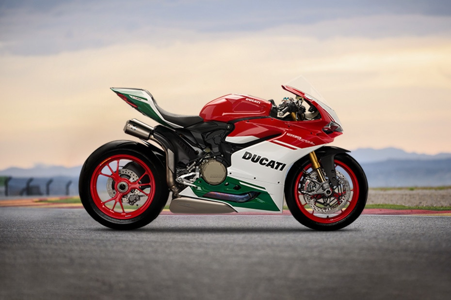 Ducati 1299 Panigale Right Side View
