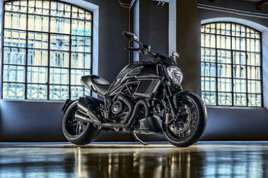 Ducati Diavel Front Right View