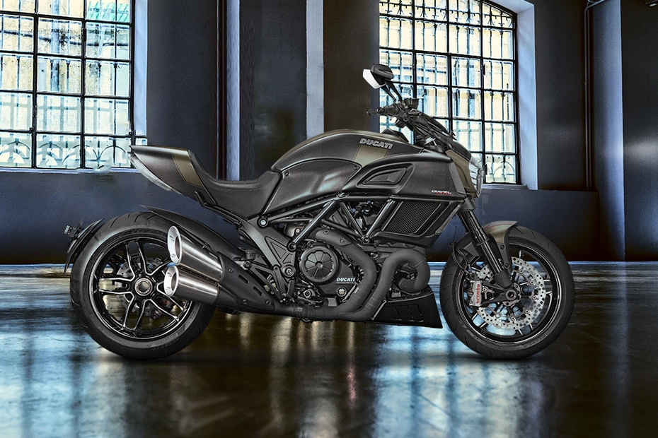 Ducati Diavel Right Side View