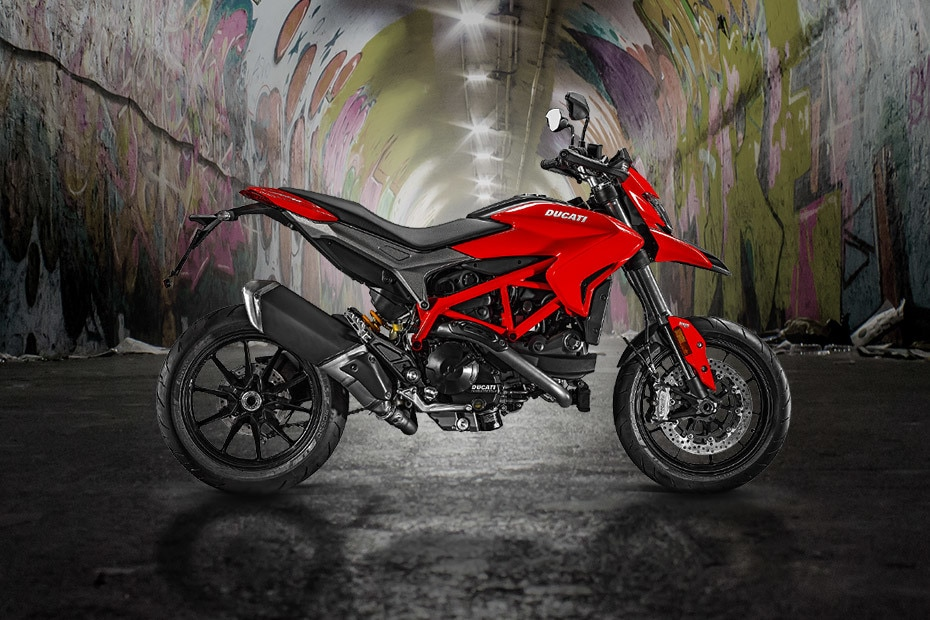 Ducati Hypermotard 939 Right Side View