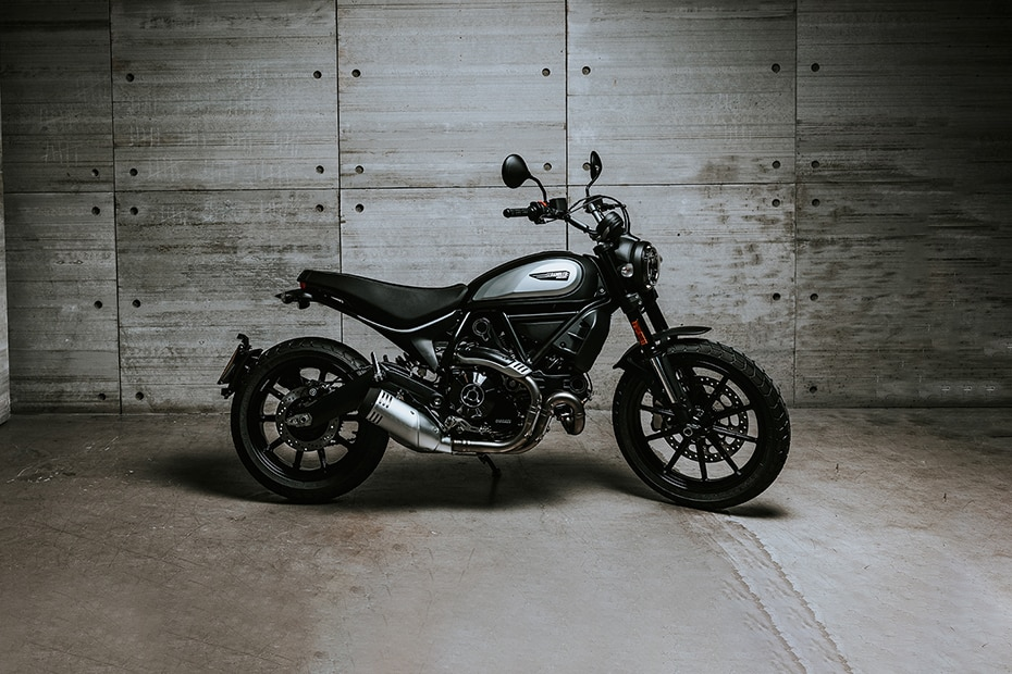Ducati Scrambler 800 Icon Dark