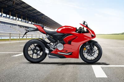 Ducati Panigale V2 Right Side View