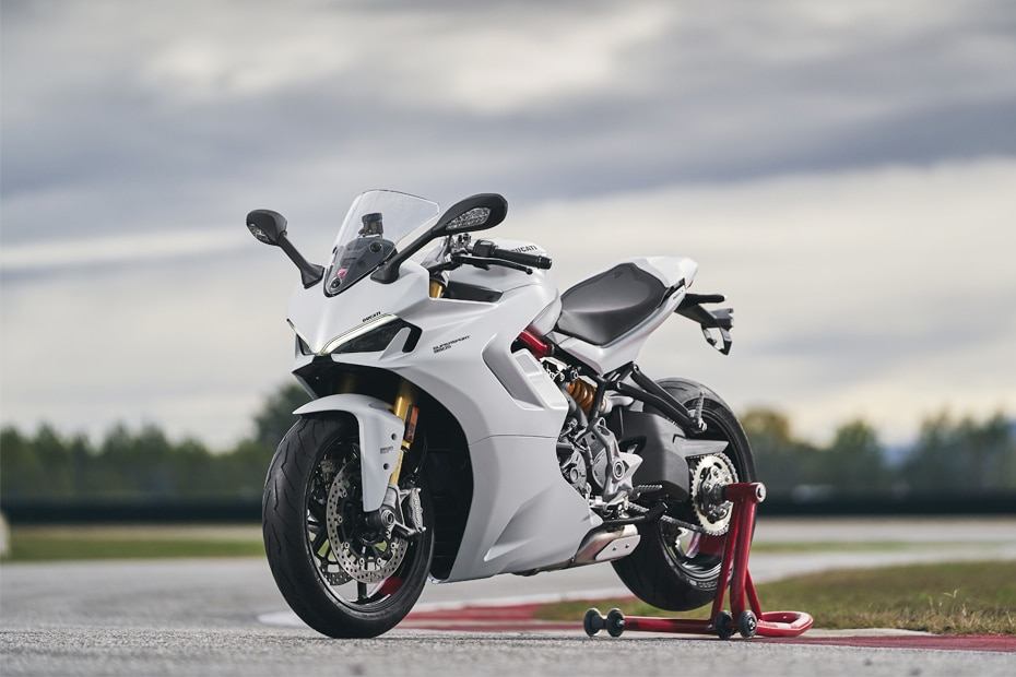 2021 Ducati SuperSport 950 Front Left View