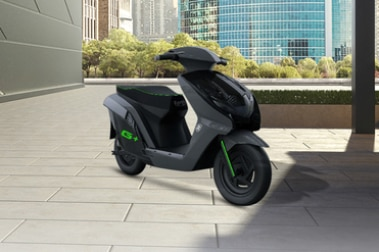 Earth Energy EV Glyde Plus Front Right View