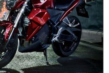 Evoke Urban S Rear Tyre View