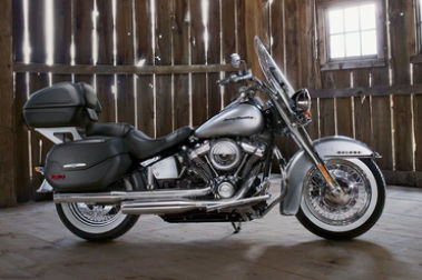 Harley Davidson Deluxe Right Side View