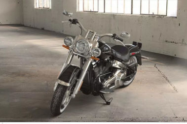 Harley Davidson Deluxe Front Left View