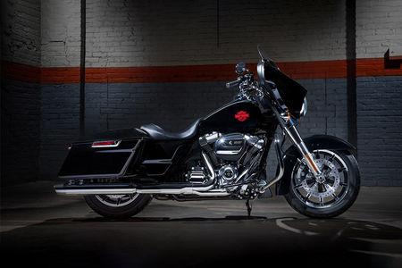Harley Davidson Electra Glide Standard Right Side View