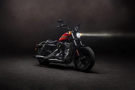 Harley-Davidson Harley Davidson Iron 883 Specifications