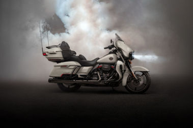 Harley Davidson CVO Limited Right Side View