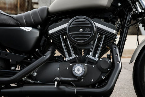 Harley Davidson Iron 883 Engine