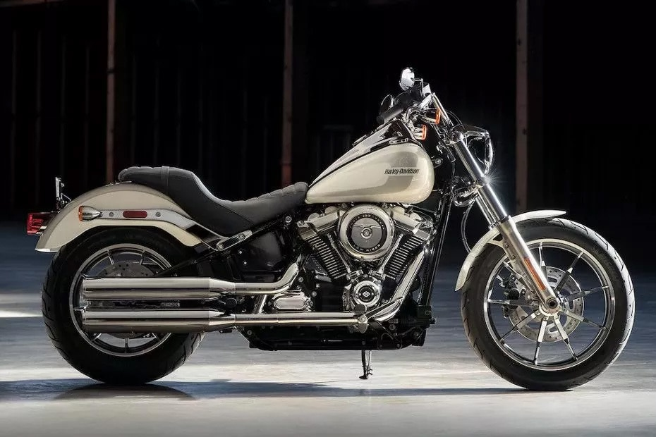 Harley Davidson Low Rider Right Side View