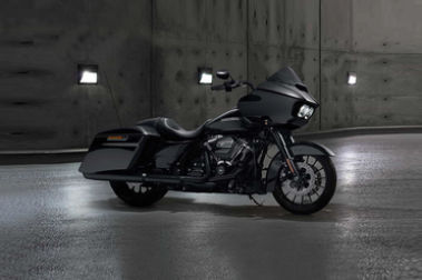Harley Davidson Road Glide Special Front Right View