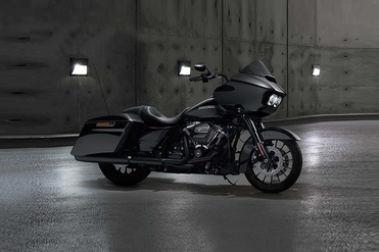 Street Glide Vs Harley Davidson Road Glide Special Compare Price